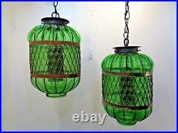 2 VTG Mid Century Modern Green Outdoor Hanging Garden Porch Lamps Lights Pair