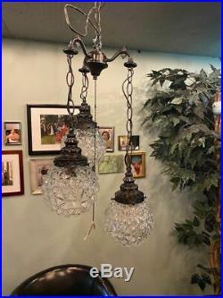 3 Clear GLASS GLOBES VINTAGE Swag Hanging Pendant Light Lamp Fixture Chandelier