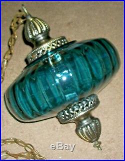 70s VINTAGE BLUE GLASS HANGING SWAG PENDANT LAMP & CHAIN RETRO MID CENTURY LIGHT