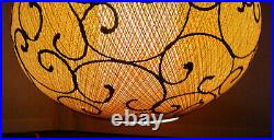 Nice Vintage Mid-century Retro Hanging Ovoid Fiberglass Spaghetti Shade Works 1