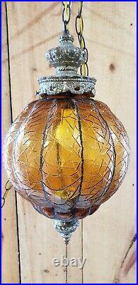 VINTAGE MID CENTURY SWAG HANGING AMBER ROUND GLASS GLOBE LIGHT LAMP + CHAIN plug