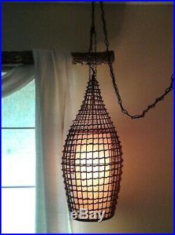 Vintage 70s Pier One Hippie Boho Rattan 28 Pendant Hanging Swag Lamp 14' Chain