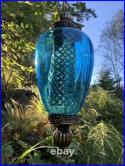 Vintage Hanging Swag Lamp Light / In Excellent Condition / Mid-Century Blue