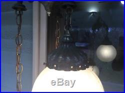 Vintage Hollywood Regency 3 Globe Swag Hanging Lamp Light Crackle Frosted Glass