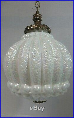 Vintage IRIDESCENT WHITE OPALESCENT ART GLASS HANGING SWAG LAMP Light CEILING