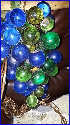 Vintage MCM Lucite Acrylic Cluster Green Grapes Retro Hanging Lamp Light 15