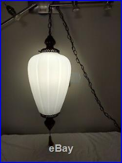 Vtg 26 Hanging Acorn Swag Ribbed Frosted Glass Lamp/Light Pull Chain String